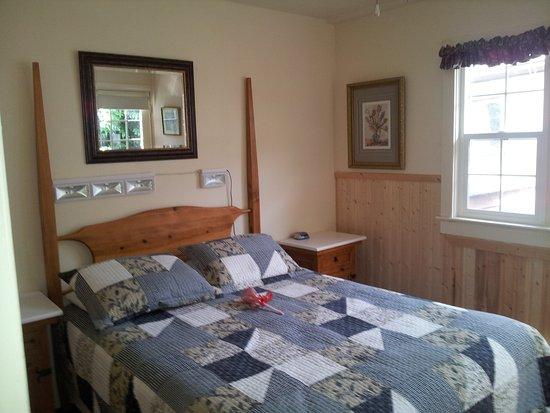 Lake Cowichan, Canada: Family Econo Suite