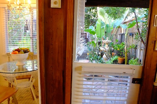 Redwood Hollow - La Jolla Cottages: Front door and kitchen table with views everywhere...