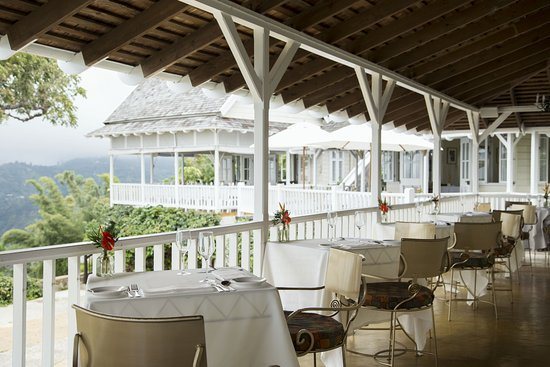 Strawberry Hill Restaurant : View from balcony