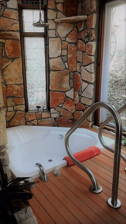 Rainbow Hearth Sanctuary and Retreat: The Yurt Treehouse has an amazing 2 person tub with a waterfall shower head