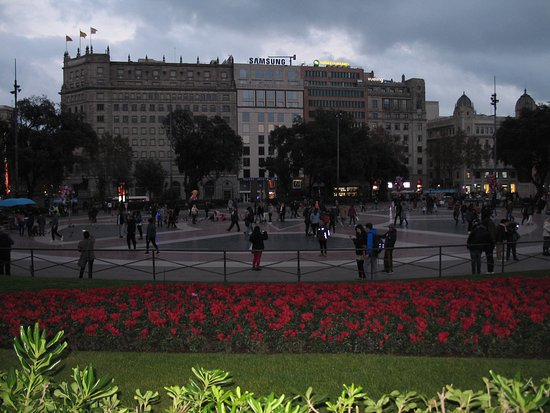 Photo of Monument / Landmark Plaza de Cataluna at Barcelona 08206, Spain