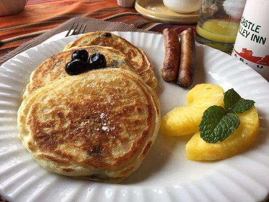 Castle Valley Inn: Breakfast