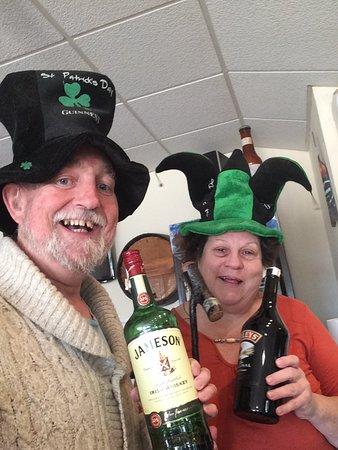 Chepas Bar Cafe: Happy St Patrick's Day 2017