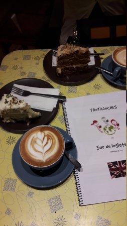 Café rico rico....acompañado brownie casero