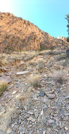Los Alamos, New Mexiko: Great hike down the falls trail.