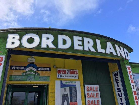 Borderland Muff