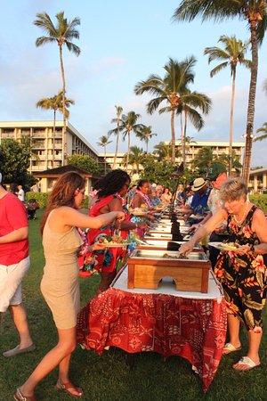 Sunset Luau At The Waikoloa Beach Marriott Buffet