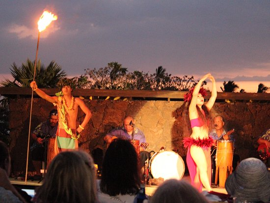 Sunset Luau At The Waikoloa Beach Marriott Great Dancers