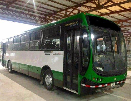 Chira Island, كوستاريكا: El bus grande (capacidad de 55 personas)