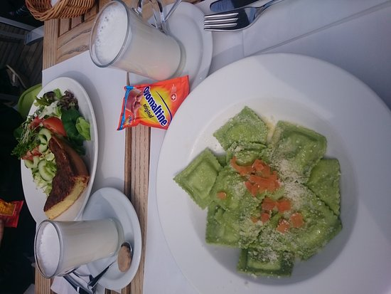 C und M Cafe Bar Restaurant: DSC_1609_large.jpg