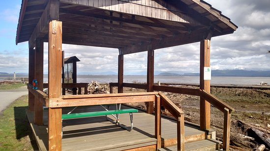Camano Island, WA: Shelter with a view