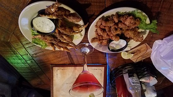Mama's Oyster House: 20170313_175924_large.jpg