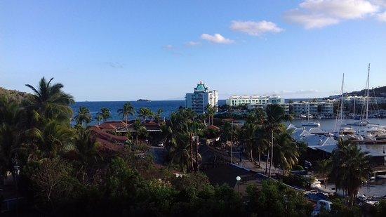 Sol Hotel: Vista di giorno