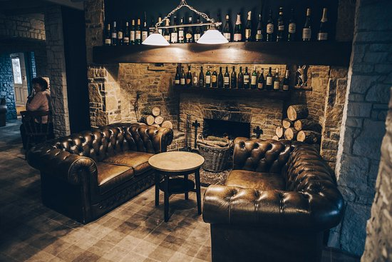 Bridgwater, UK: Our open fire place near in the main bar area