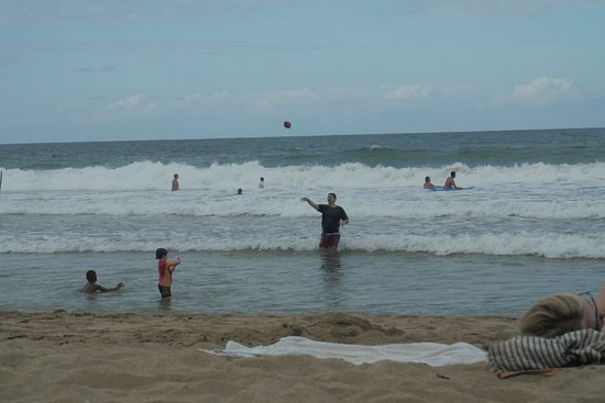 Cocles, Costa Rica: Great waves!