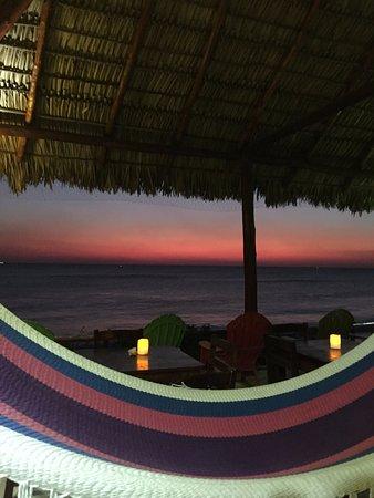 Puerto Sandino, Nicaragua: Post sunset surf views from the hammocks.