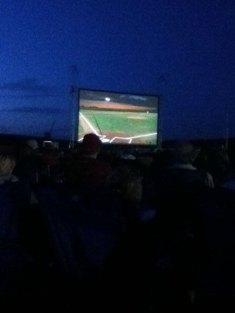 Dyersville, IA: 25th anniversary, Fathers Day weekend 2014 - movie in right field
