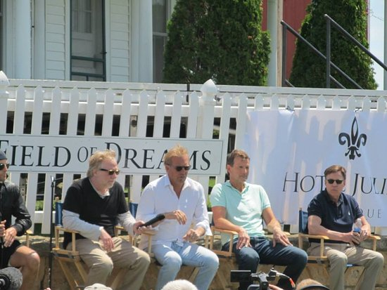 Dyersville, IA: The entire Field of dreams cast - Tim Busfield, Kevin Costner, Dwier Brown (Ray's Dad), Bob Cost