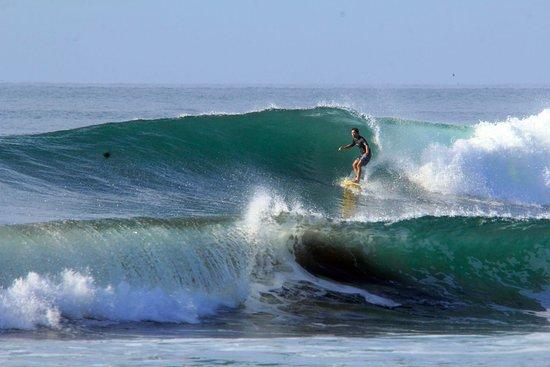 El Tunco, El Salvador: Nice wave!