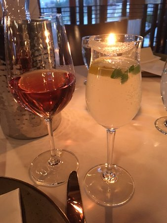 Old Vines Restaurant: The drinks were amazing!