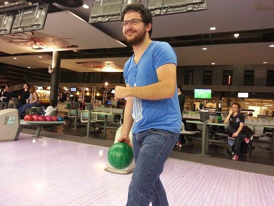 Le Grand-Quevilly, França: Super partie avec le cesi rouen au plaza bowling!!!