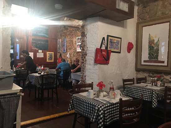 Gladys' Cafe: photo2.jpg