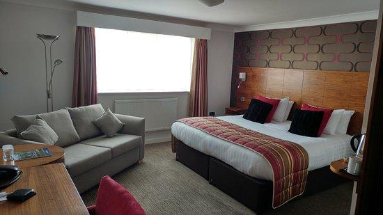 Skelmersdale, UK: Junior Suite room