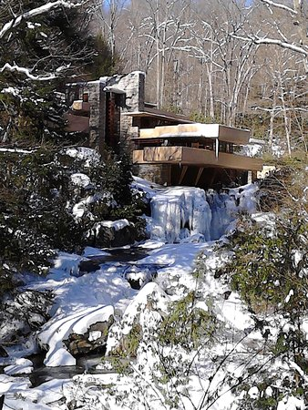 Fallingwater: SO gorgeous to see in the heart of winter!
