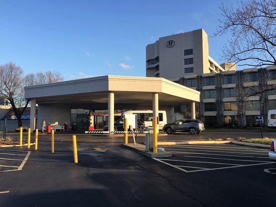 Berkeley, MO : Hilton St Louis Airport