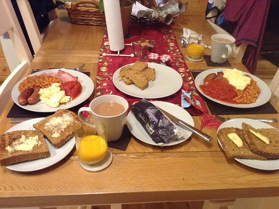 Badwell Ash, UK: EPIC breakfast using the contents of the complimentary hamper - what could be better?