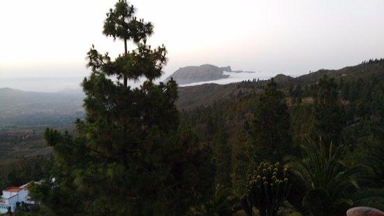 """Hotel Rural Las Tirajanas: Vistas """"mar de nubes"""" amanecer"""