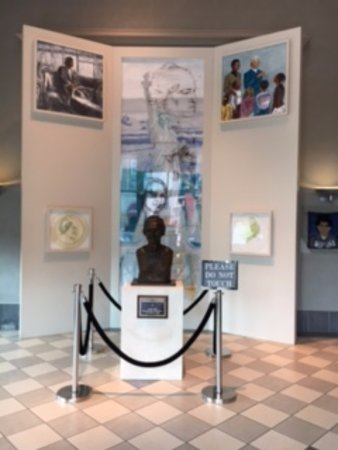 Rosa Parks Library and Museum: Entrance to Museum