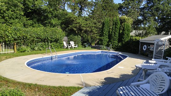 Harwich Port, MA: Pool Area