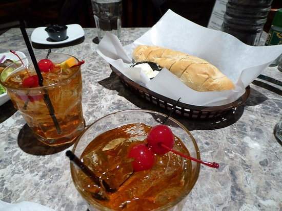 Janesville, WI: Brandy Old Fashioned with complimentary bread
