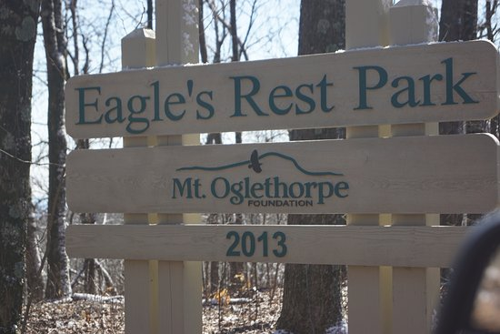 Jasper, GA: Eagle's Rest Park sign