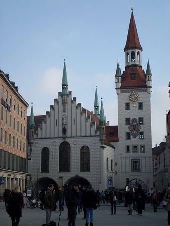 Photo of Monument / Landmark Old Town Hall (Altes Rathaus) at Marienplatz 15, Munich 80331, Germany