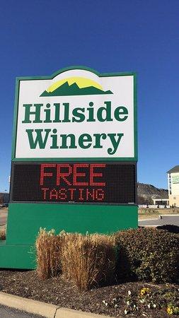 Hillside Winery: photo1.jpg