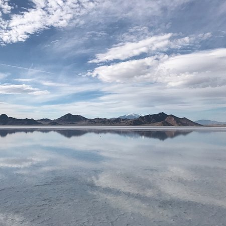 Bonneville Salt Flats: photo1.jpg