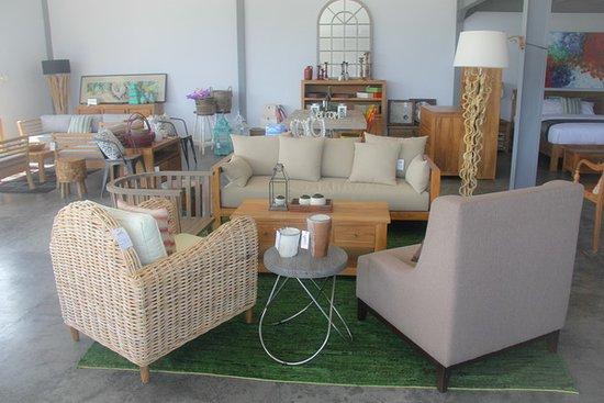Yuni Bali Furniture Shop - Picture of Yuni Bali Furniture