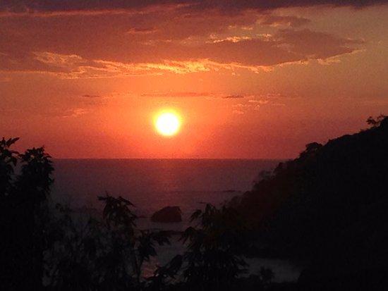 Raphael Terrazas: Sonnenuntergang, Sicht von der Terasse des Restauarants