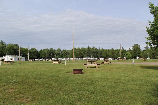 Kingston, Canada : Field Camp Sites