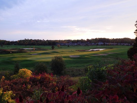 Callander, Canada: Partial view of the front 9