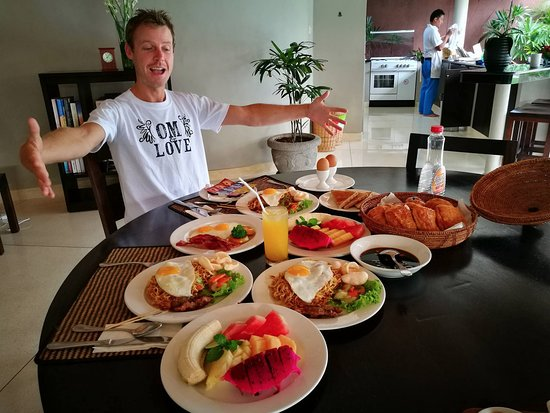 The Dusun: Breakfast with our Private chef!