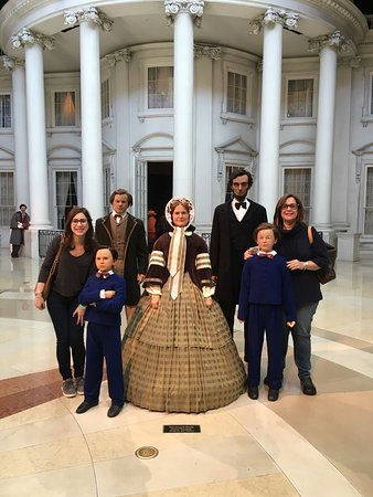 Abraham Lincoln Presidential Library and Museum: photo1.jpg