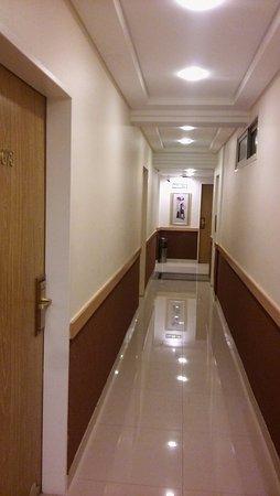Sarmiento Palace Hotel: Pasillos