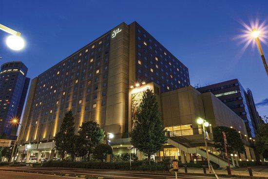 Oriental Hotel Tokyo Bay : ホテル外観(夜景)