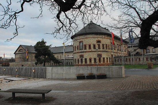 Mainz-Kastel, Deutschland: La struttura
