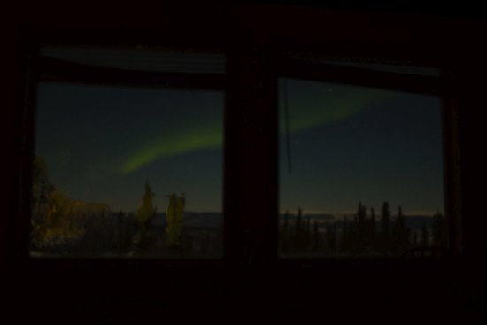 Aurora Borealis Lodge: Watch aurora borealis from the comfort of your warm room