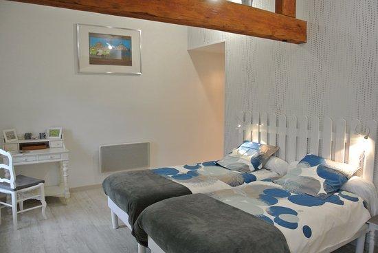 Mosles, فرنسا: chambre double avec  2 lits