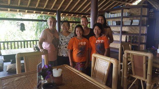 Good Karma Bungalows : like family! awesome